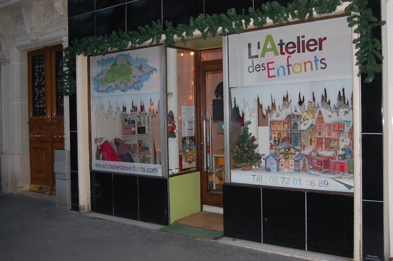 Les vacances de Noël à l'atelier des enfants, la vitrine de noel