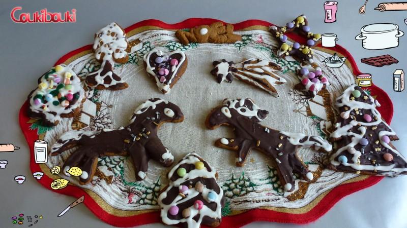 Pâtisseries de Noël, un pain d'épices aux smarties. gateaux noel.