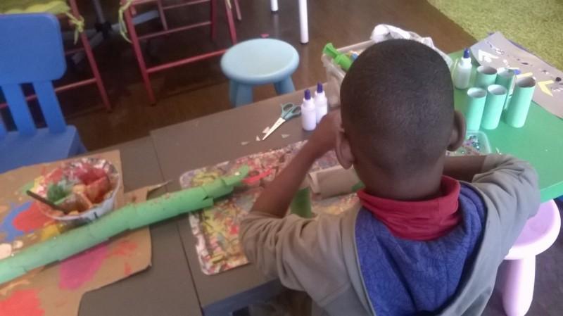 Les vacances de Pâques à l'atelier des enfants serpent fabrication