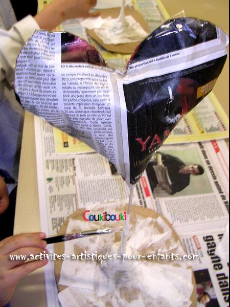 Cadeau Fête des Mères - Un coeur en papier mâché.