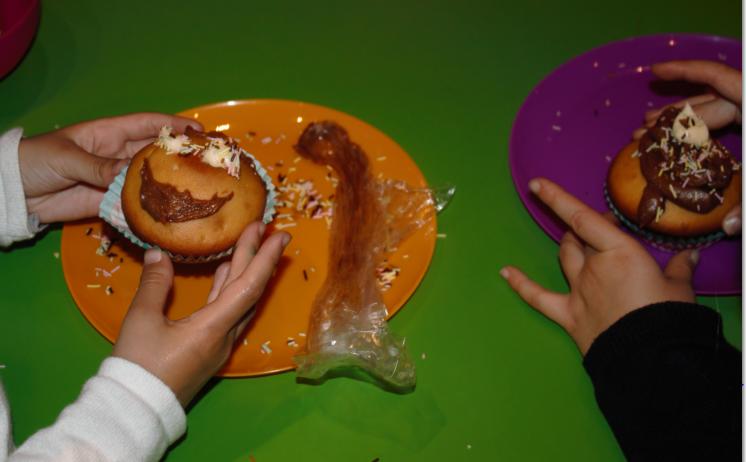 L'ateliers des enfants durant les vacances d'été,  cup cake miam