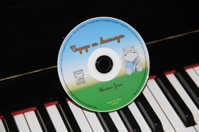 Un jeux-concours, un livre cd pour les enfants.