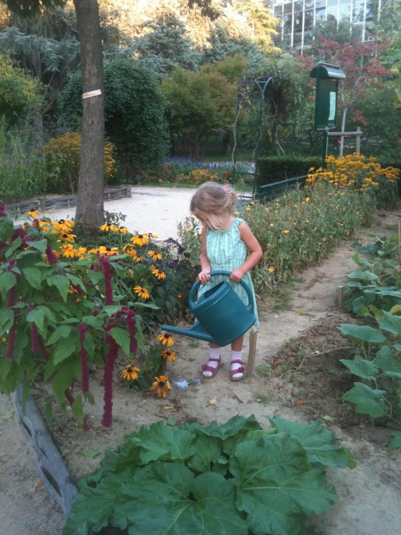 Jardinage à L'Atelier des enfants à Paris, les journées du mercredi