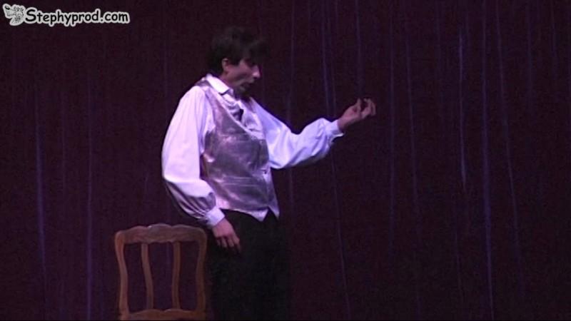 Programmez un spectacle musical de Stéphy. Vous la voyez la chauve-souris ?