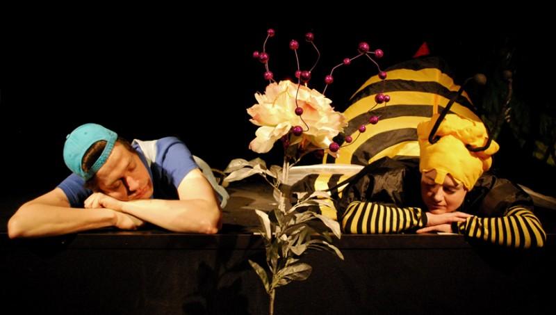 Spectacle enfant à Paris. Conte rigolo écolo musical sur les abeilles !