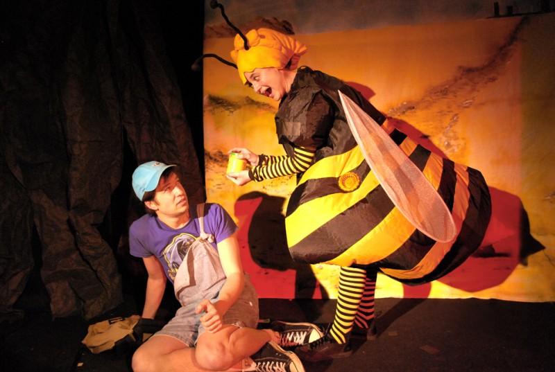 Conte rigolo écolo musical sur les abeilles !  Spectacle enfant à Paris