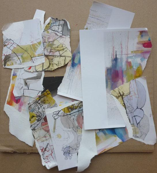 Ateliers d'arts plastiques à domicile, découpe de cartes postales et assemblage
