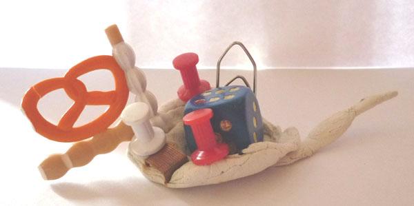 Atelier anniversaire à domicile, pâte à modeler, matériaux de récupération