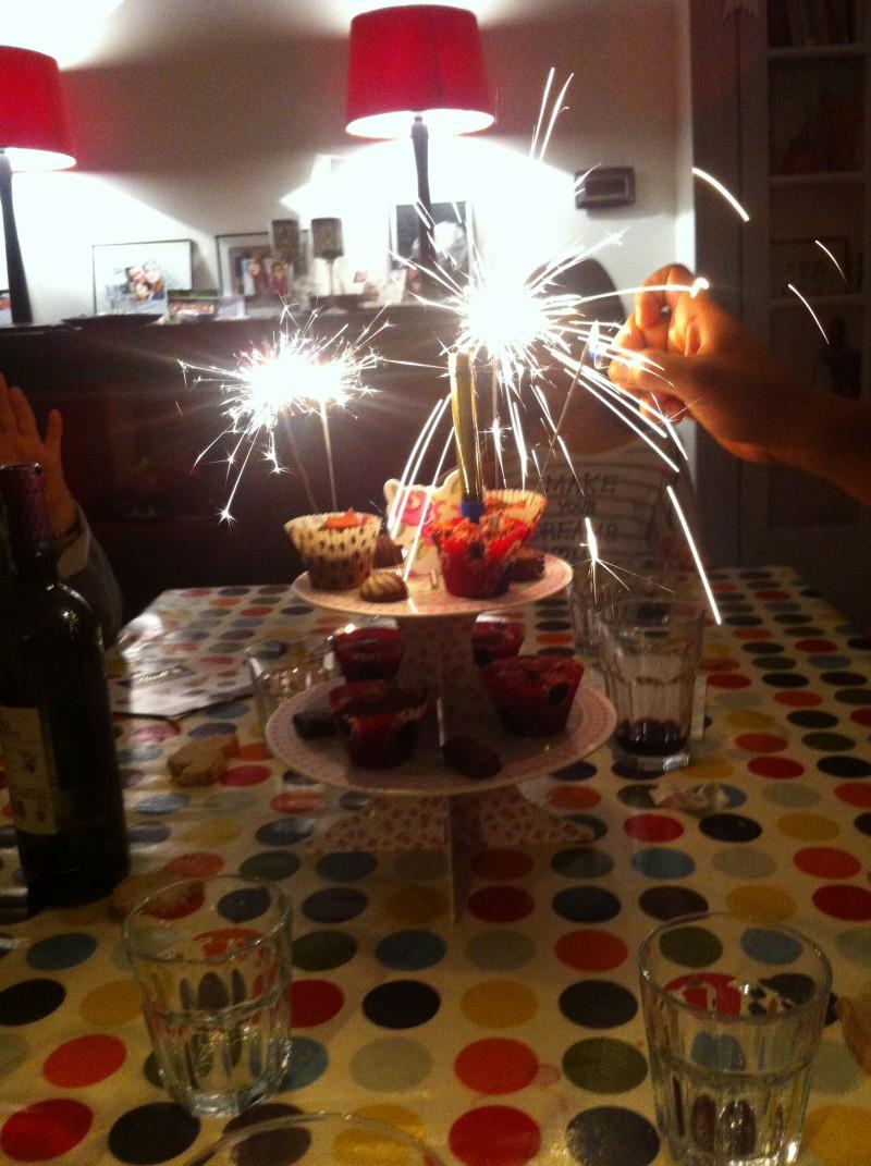 Anniversaire enfants à Nice, ateliers de cuisine, la table est dressée.