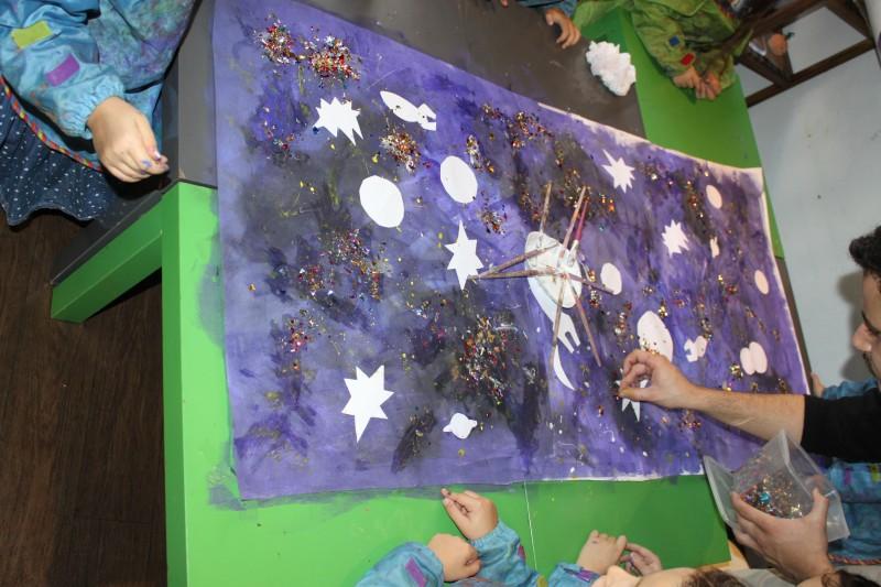 L'atelier des enfants, la semaine, les soirs d'école dans les étoiles