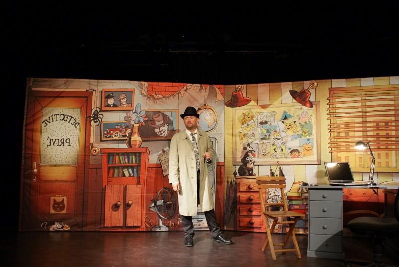 Festival Avignon : Allan Watsay, détective privé, un spectacle pour les enfants.