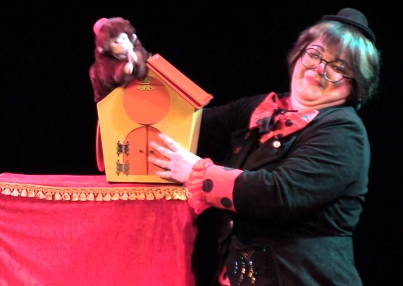 Chico le singe, spectacle jeune public La Fée Liloo et la Coccinelle.