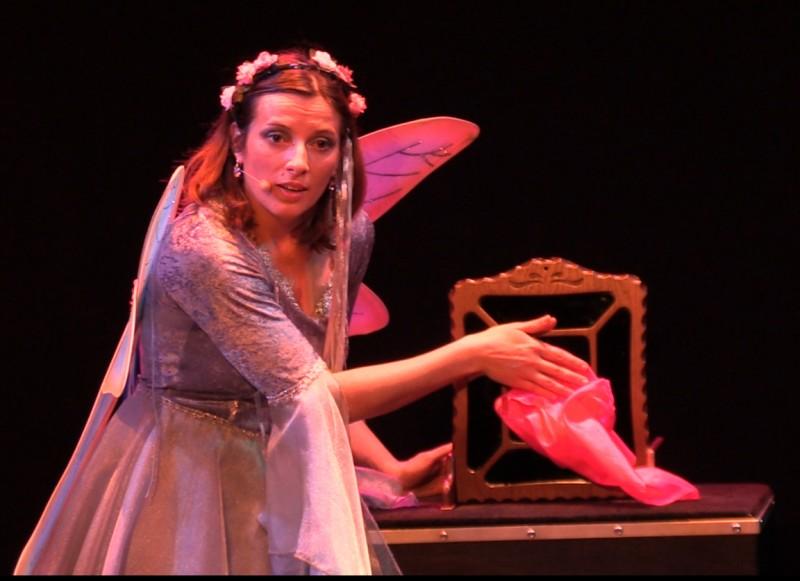 Le miroir magique, spectacle jeune public au festival d'Avignon, La Fée Liloo et la Coccinelle