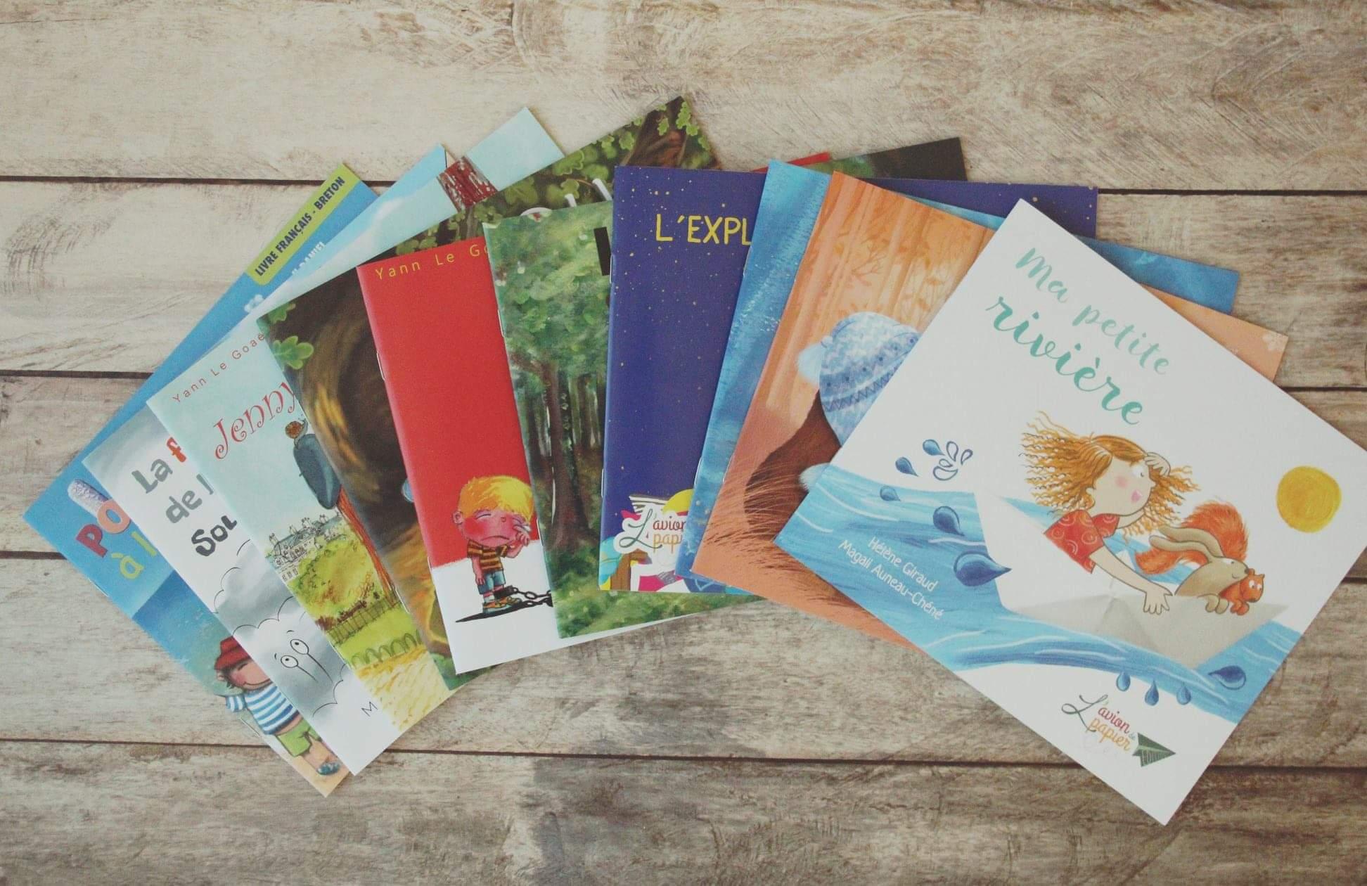 Les livres pour les enfants - Edition avion de papier