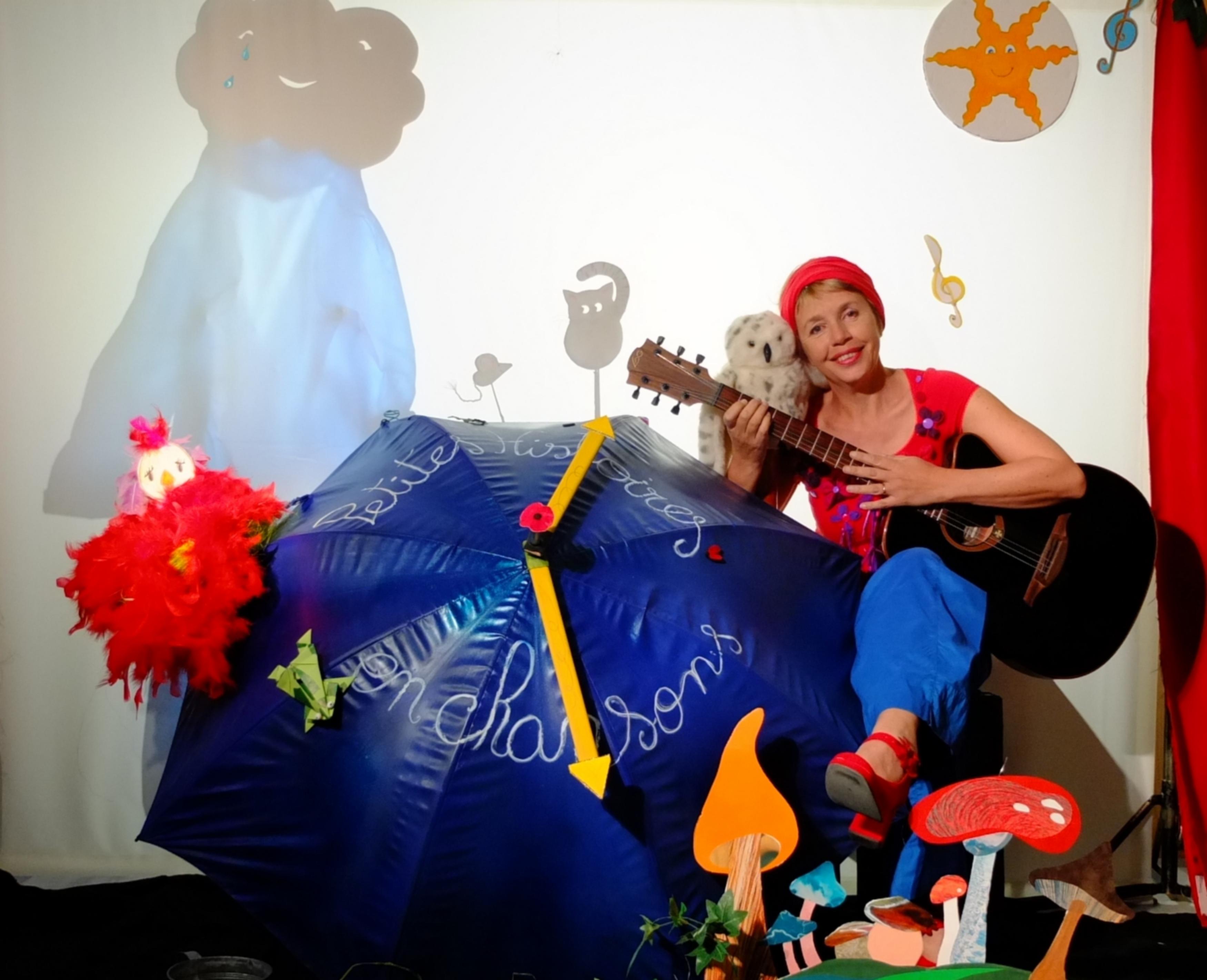 Petites histoires en chansons par la Cie Flic Floc. Un spectacle de et avec Sabine Delimal