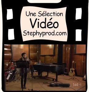 Vidéo Enregistrement d'une chanson en studio pour les enfants et les bébés.