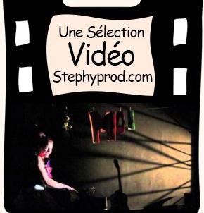 Vidéo Chanson C'est Moi qui Décide, le spectacle jeune public de Julia Orcet pour les enfants et les bébés.