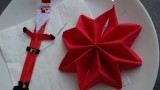 Tuto pliage de serviette étoile de noël pour votre table